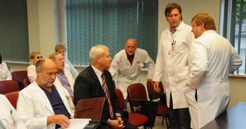 V. Grubliausko vizitas į Respublikinę Klaipėdos ligoninę buvo pavadintas istoriniu