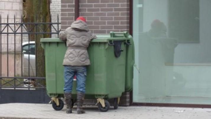 Artūras Šulcas už tai, kad atliekų konteineriai būtų po žeme