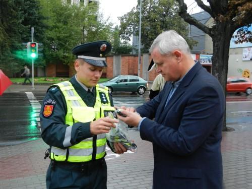 Klaipėdos meras V. Grubliauskas dalyvavo saugaus eismo akcijoje