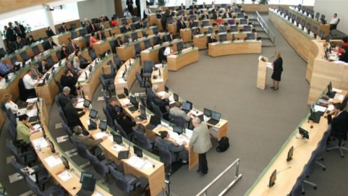 """Liberalų diskusija: Ar """"Snoro"""" komisija padės išsiaiškinti tiesą banko bankroto istorijoje?"""