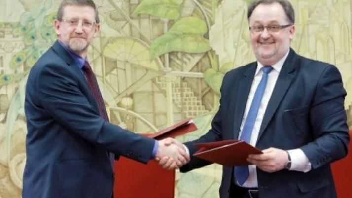 Klaipėdos universiteto ir miesto bendradarbiavimas įteisintas nauja sutartimi