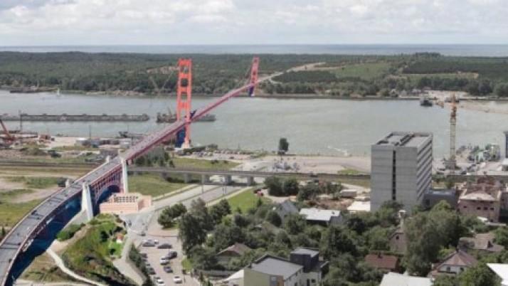 Dėl tilto į Neringą – gyventojų apklausa