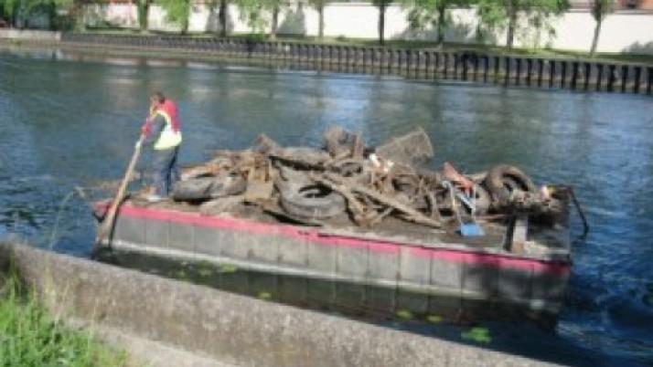 """Klaipėdoje įgyvendinamas vietos projektas """"Danės upės ir pakrančių valymas"""""""