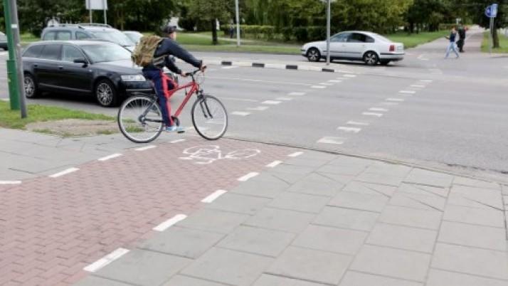 Klaipėdoje remontuoja dviračių takus