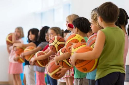 Skelbiamas konkursas sportuojančių vaikų krepšelio lėšoms gauti