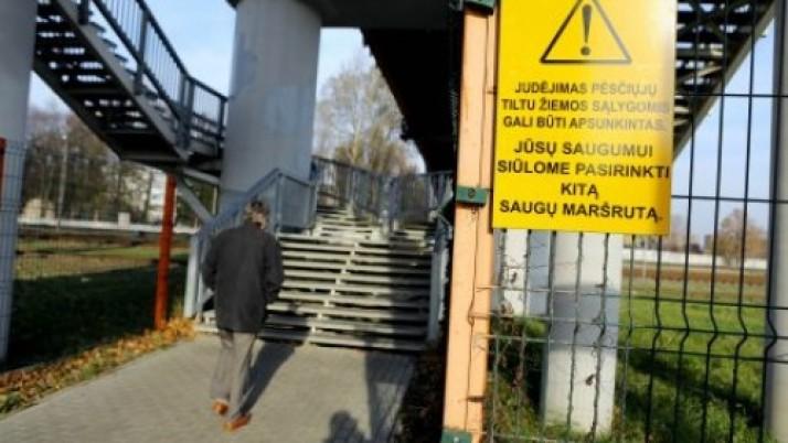 Klaipėdos miesto savivaldybė apgynė miestiečių teisę naudotis pėsčiųjų tiltu