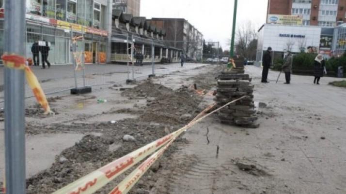 Debreceno aikštėje verda remonto darbai