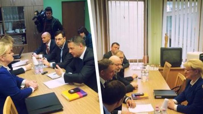"""E. Masiulis: """"Ministrė A. Pabedinskienė nesusitvarko su savo pareigomis"""""""