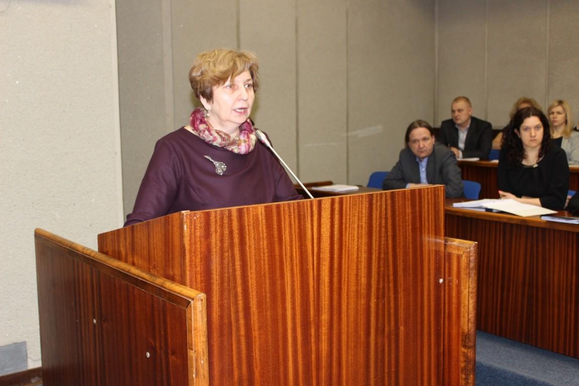Pristatyta savivaldybės administracijos direktorės bei administracijos 2014 metų veiklos ataskaita