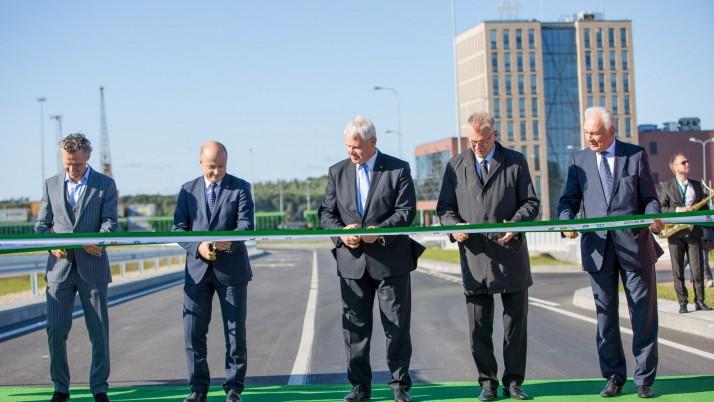 Klaipėdoje atidaryta naujai rekonstruota Baltijos prospekto ir Minijos gatvės sankryža