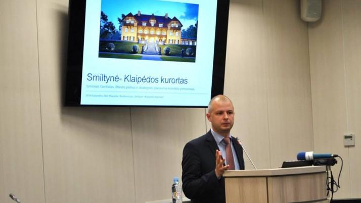 Simonas Gentvilas ragina Aplinkos ministrą išspręsti ekologinius nusikaltimus Dumpiuose