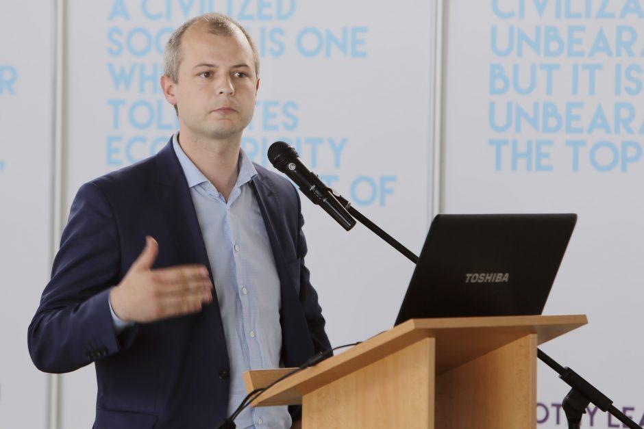 Simonas Gentvilas: Savivaldybes būtina skatinti atsigręžti į savo mokesčių mokėtojus