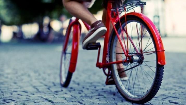 Prie Klaipėdos mokyklų – stovai dviračiams