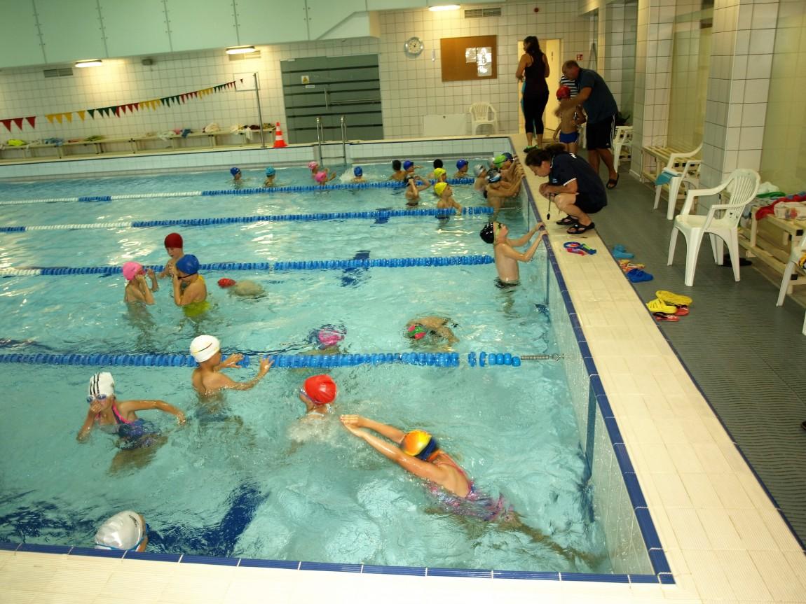 Klaipėdos antrokams – plaukimo pamokos