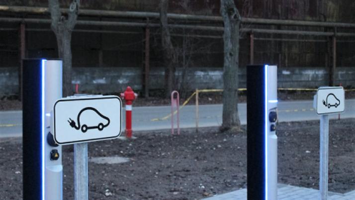 Klaipėdoje planuojama elektromobilių įkrovos stotelių plėtra